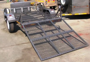 Double bike fourteen inch wheels with solid loading ramp3