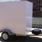 Enclosed 1200kg GVM trailer1