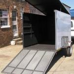 Enclosed 900kg trailer3