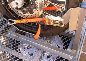 Full front wheel grabber