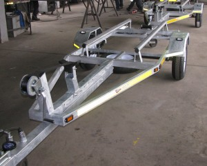Single galvanized jet ski trailers with tow bar fitment1