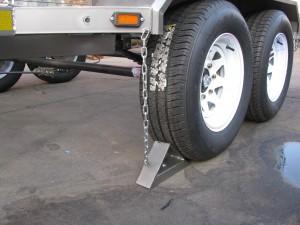 Wheel chocks for 3.5 Ton commercial trailer - www.xfactorsport.co.za1