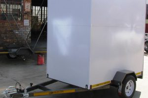 Enclosed-1.3-x-2.2m-500kg-trailer