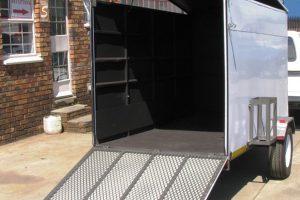 Enclosed-900kg-trailer3-mail
