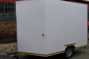 Enclosed-double-bike-or-single-quad-trailer-www.xfactorsport.co_.za1_