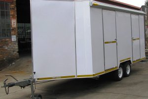 Enclosed-double-room-2-Ton-GVM-trailer