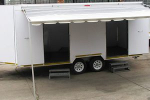 Enclosed-double-room-2-Ton-GVM-trailer16