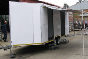 Enclosed-double-room-2-Ton-GVM-trailer17