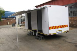 Enclosed-double-room-2-Ton-GVM-trailer18