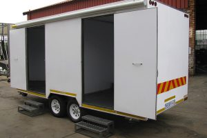 Enclosed-double-room-2-Ton-GVM-trailer9
