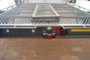 Towbar-female-plug-fitment-on-trailer-www.xfactorsport.co_.za1_