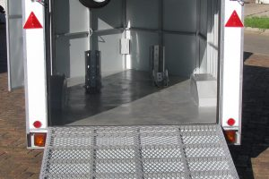 2---3-Bike-enclosed-trailer-2--www.xfactorsport.co