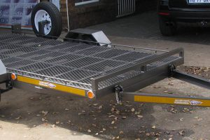 Tilting-golf-cart-trailer---www.xfactorsport.co